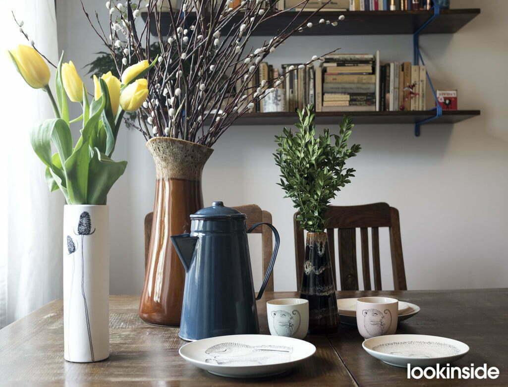 wiosenny stół tulipany