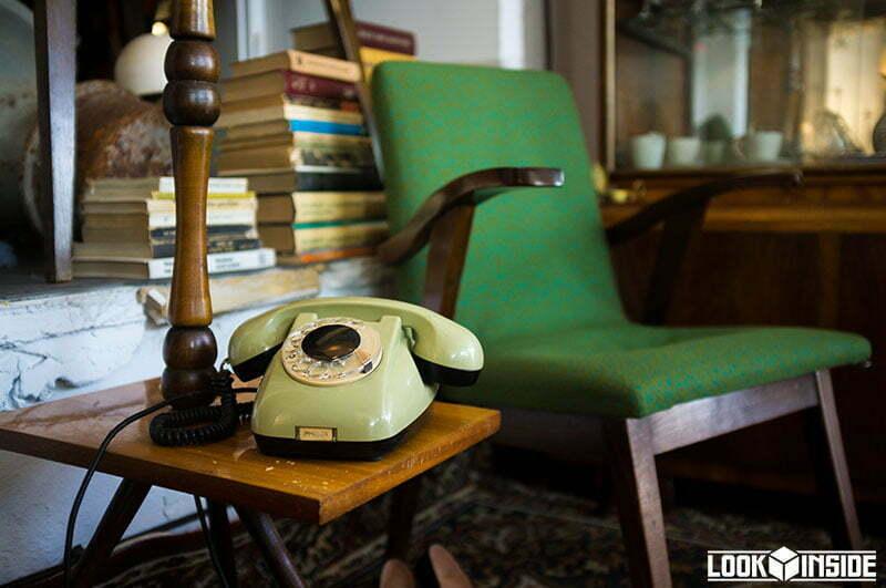 telefon CB-662 i fotel puchały