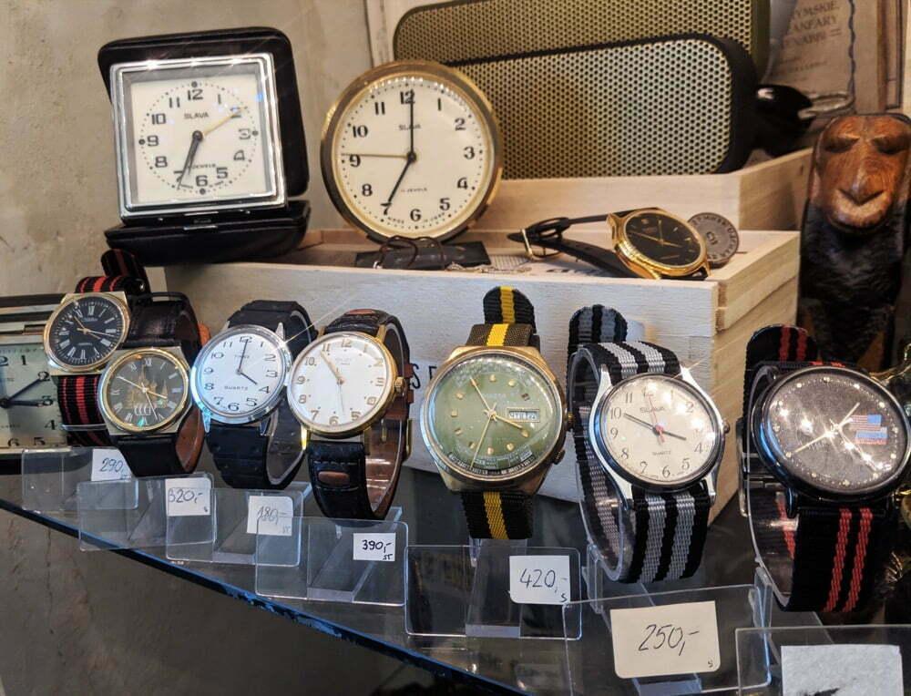 Zegarki Vintage w Look Inside