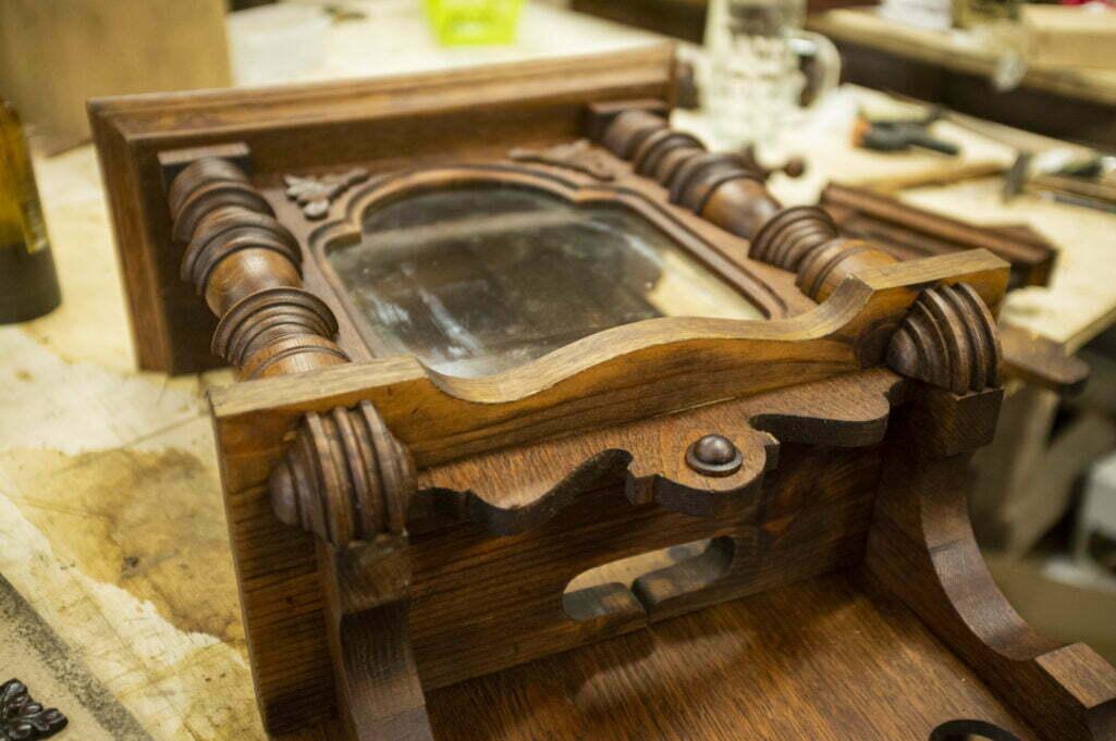 renowacja skrzynki zegara