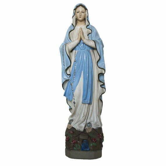 stara gipsowa figura Maryja