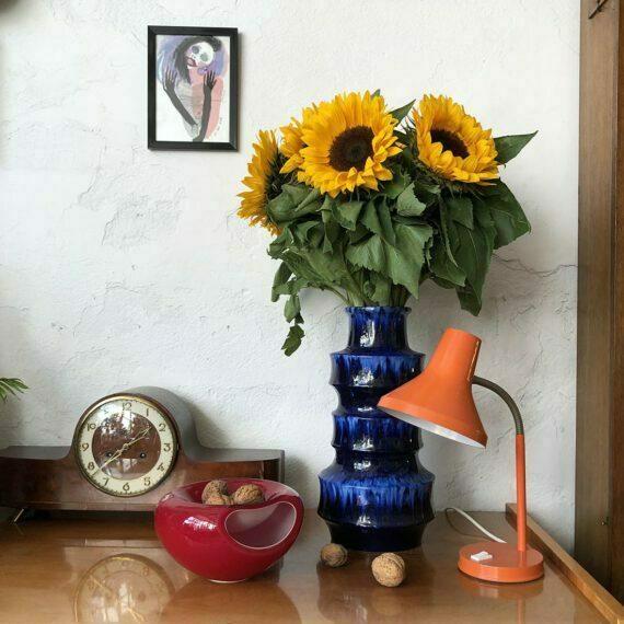 Wielki niebieski wazon Scheurich ze słonecznikami