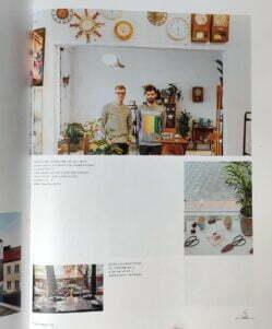 Look Inside w albumie Warszawa Warsaw