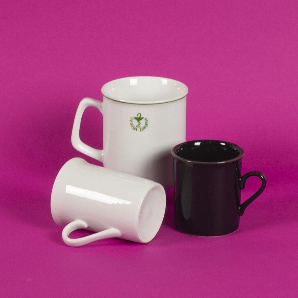 Minimalistyczne kubki do kawy i herbaty